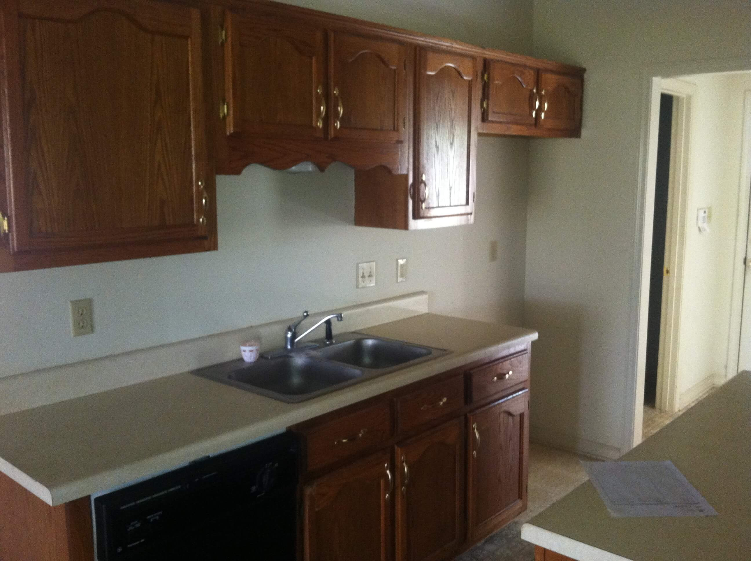 To Remodel Kitchen How To Remodel A 20 Year Old Kitchen For Less Than 3000